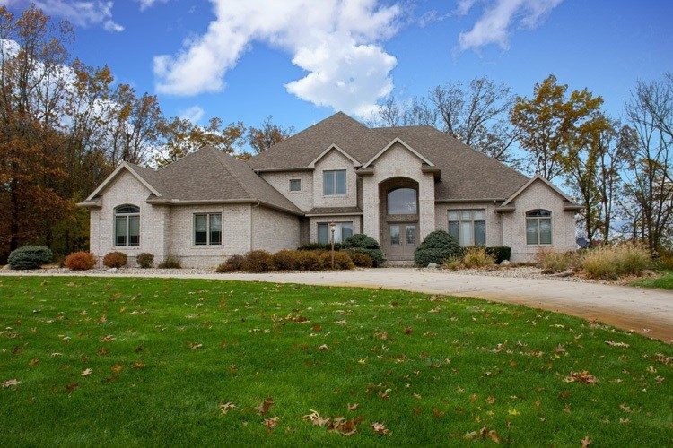 13239 Cedar Creek Drive, Middlebury, IN 46540