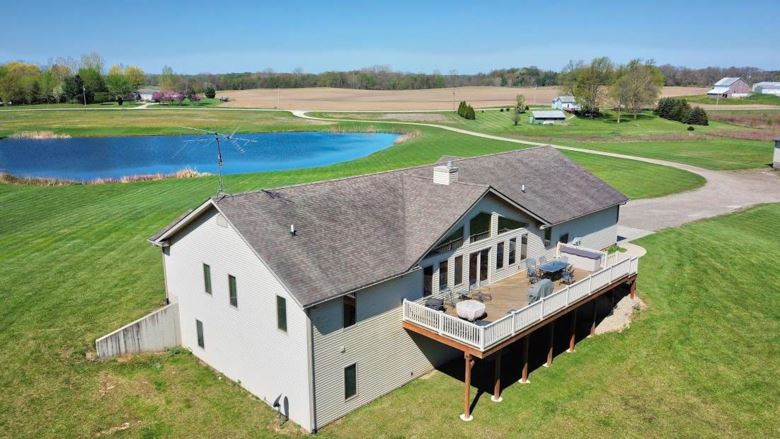 3896 S 600 E, Pierceton, IN 46562