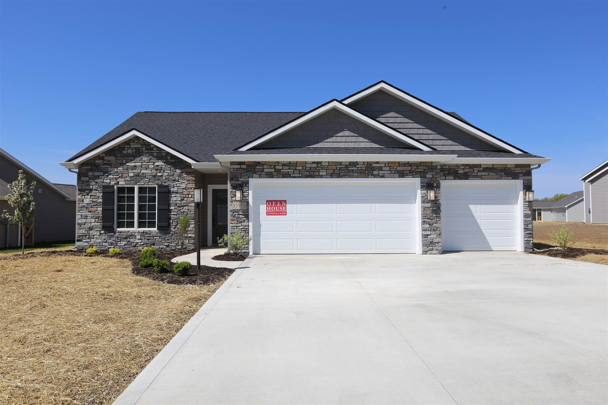 13593 Saddle Creek Lane, Grabill, IN 46741