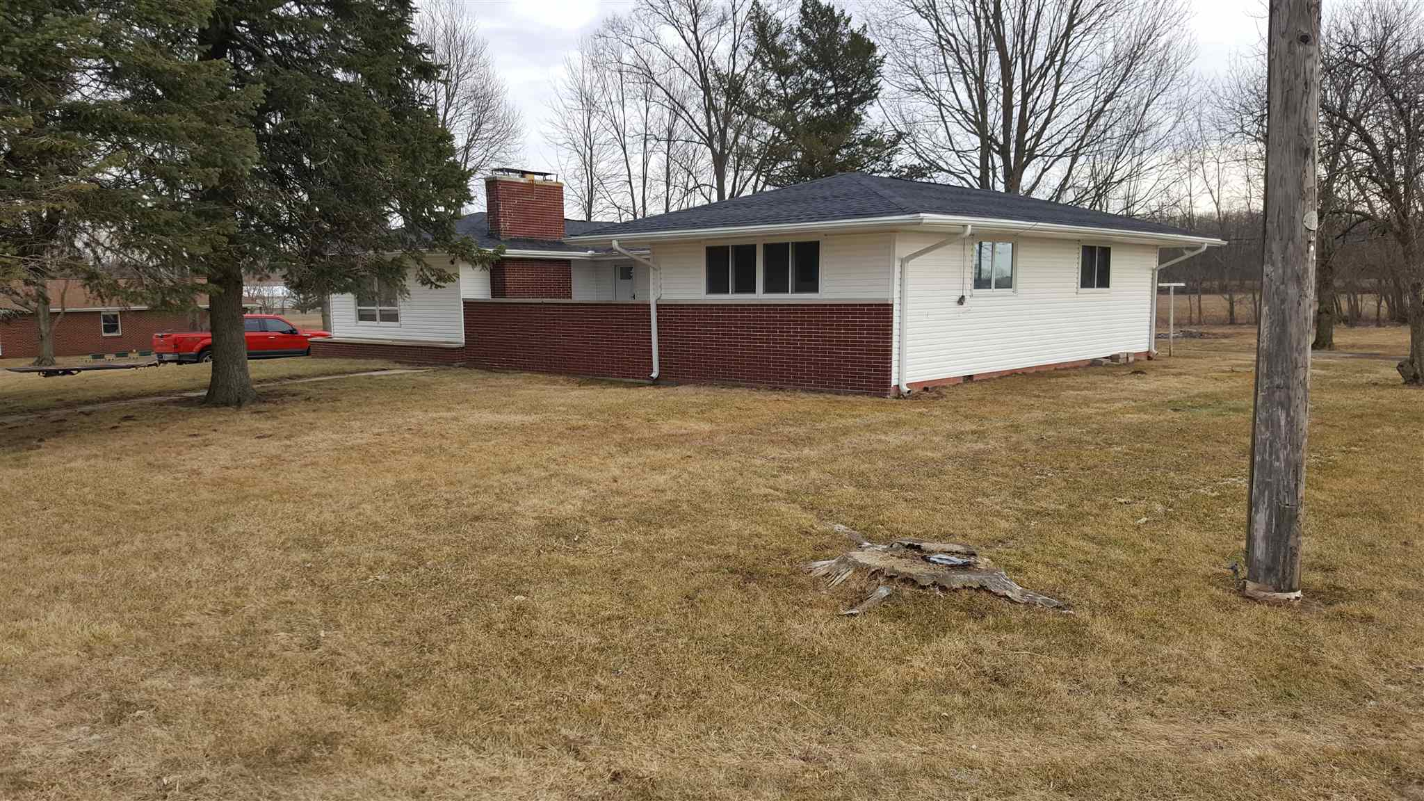 407 W Sycamore Street, Silver Lake, IN 46987