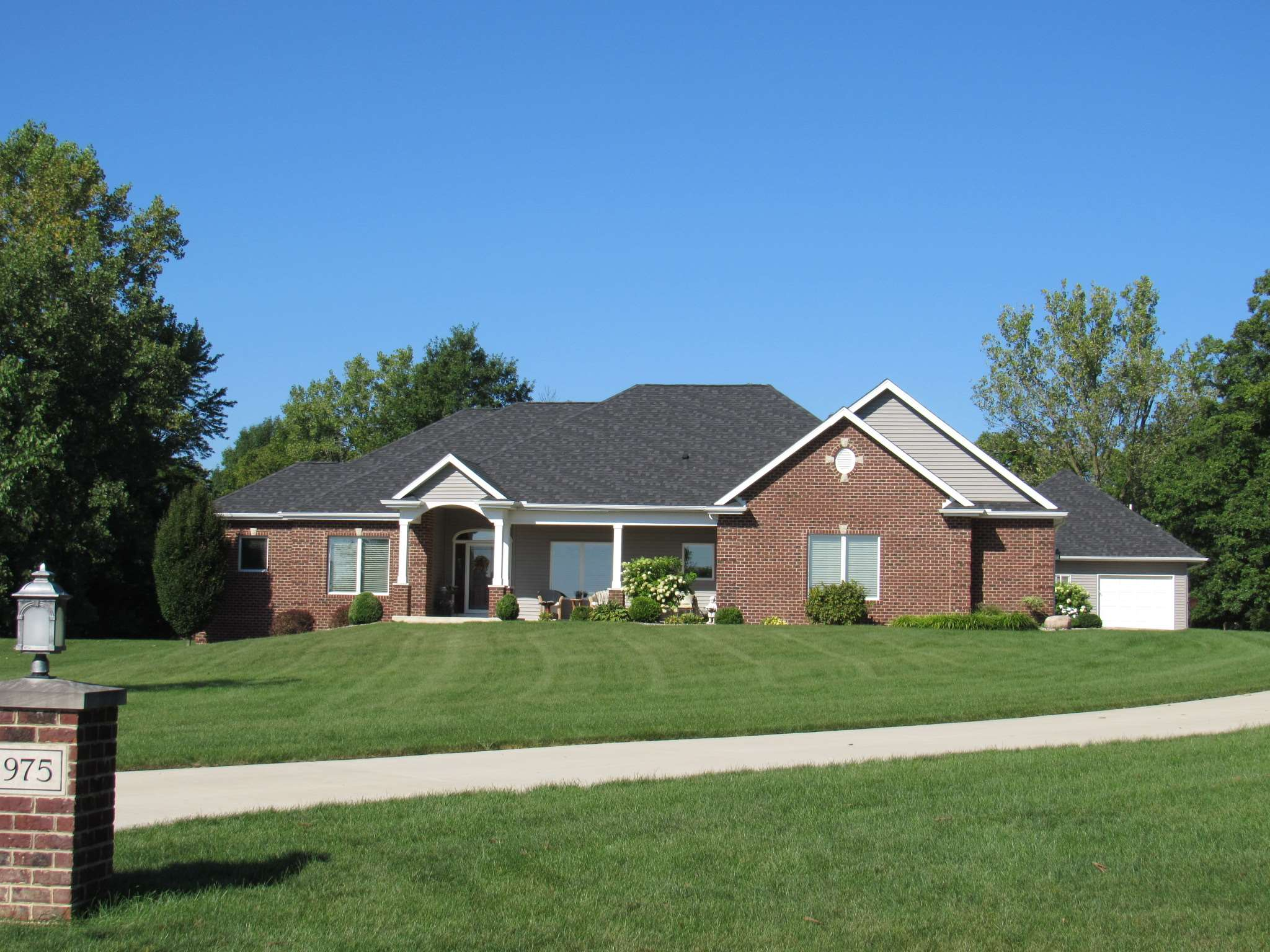 16975 Shadow Glen Court, Leo, IN 46765