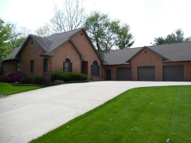 22410 Canyon River Drive, Goshen, IN 46528