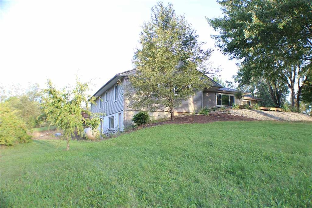 5465 S 600 W, South Whitley, IN 46787