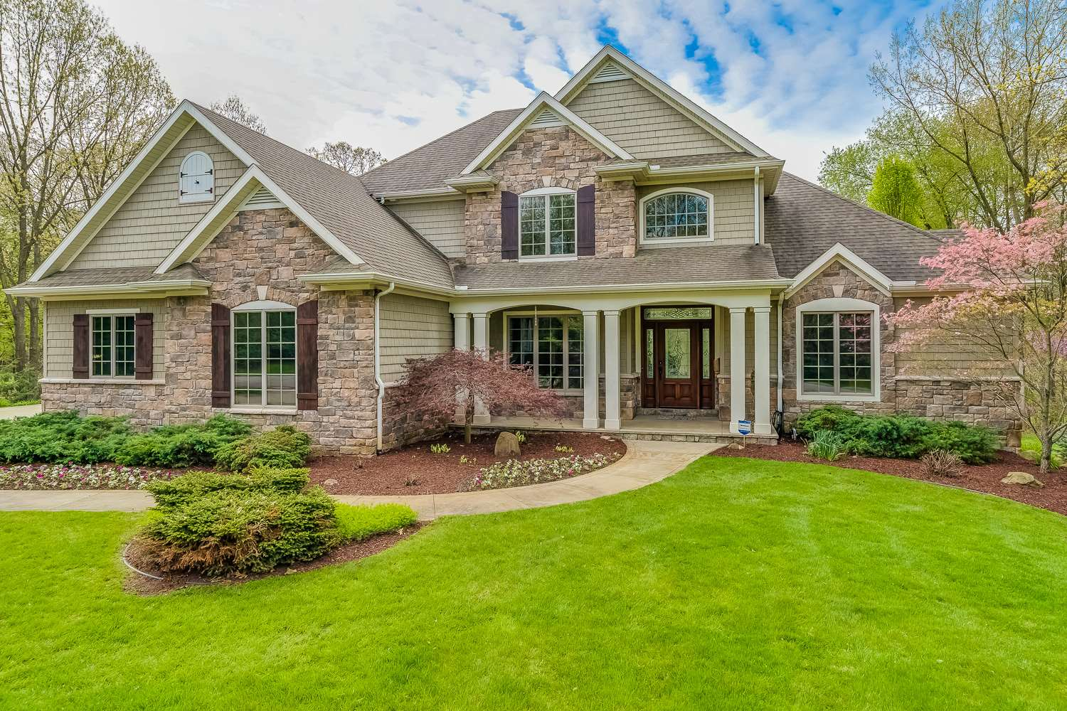 56452 Whispering Hill Drive, Bristol, IN 46507
