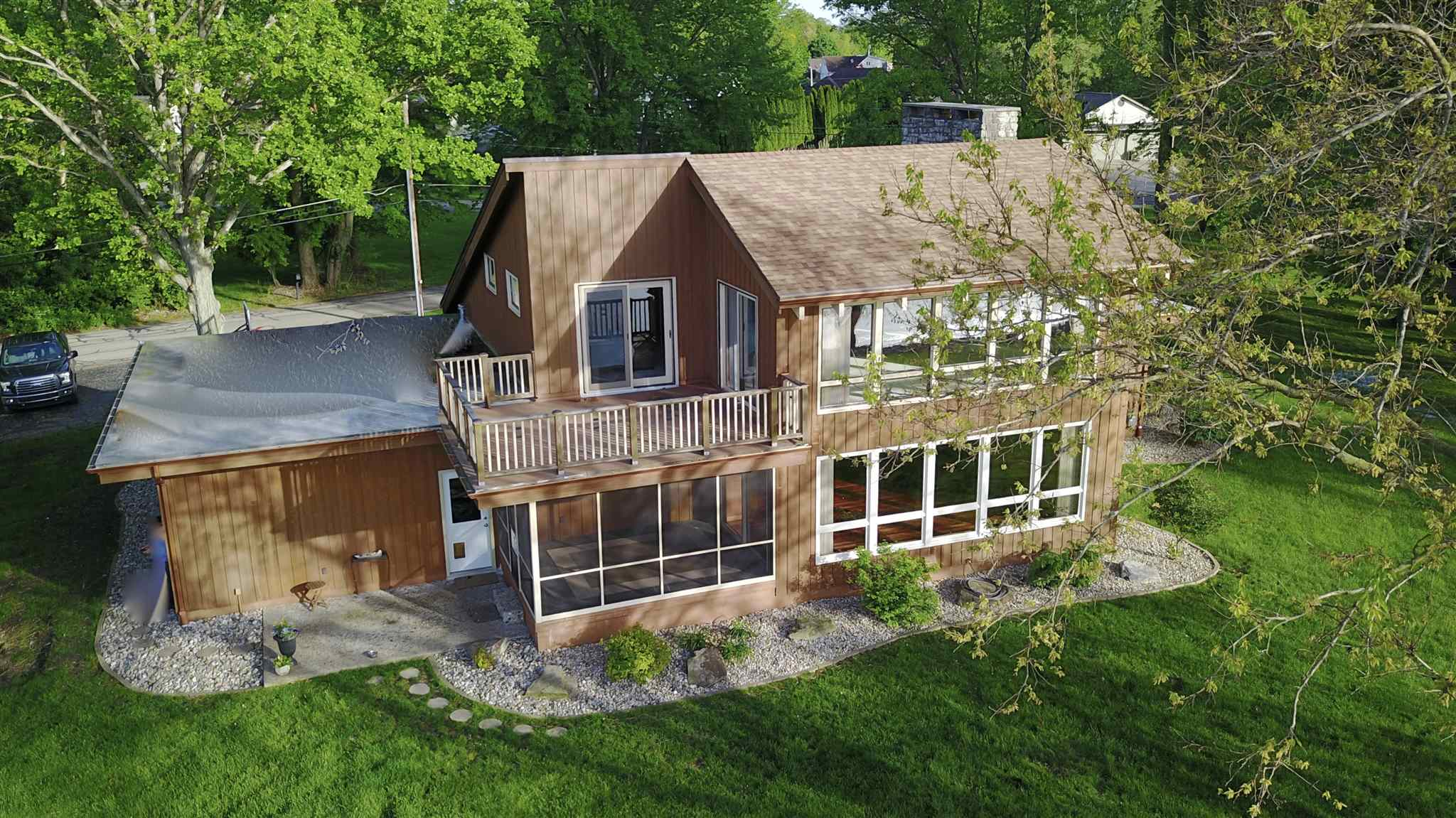 933 Country Club Lane, Warsaw, IN 46580