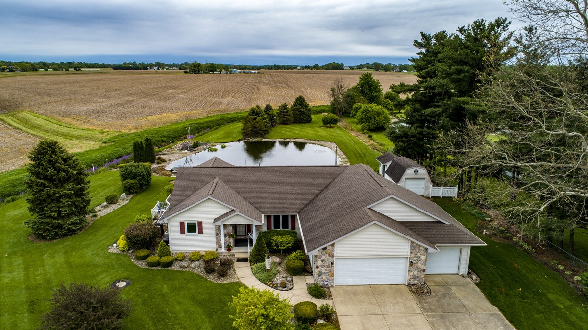 71748 County Road 9, Nappanee, IN 46550
