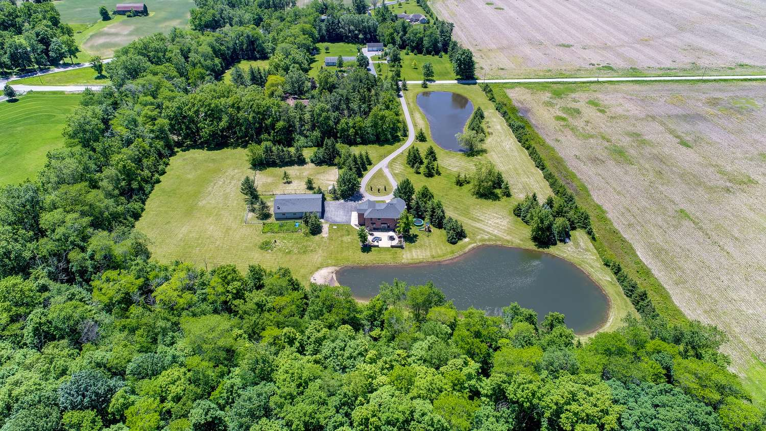 22635 Hurshtown Rd Road, Grabill, IN 46741