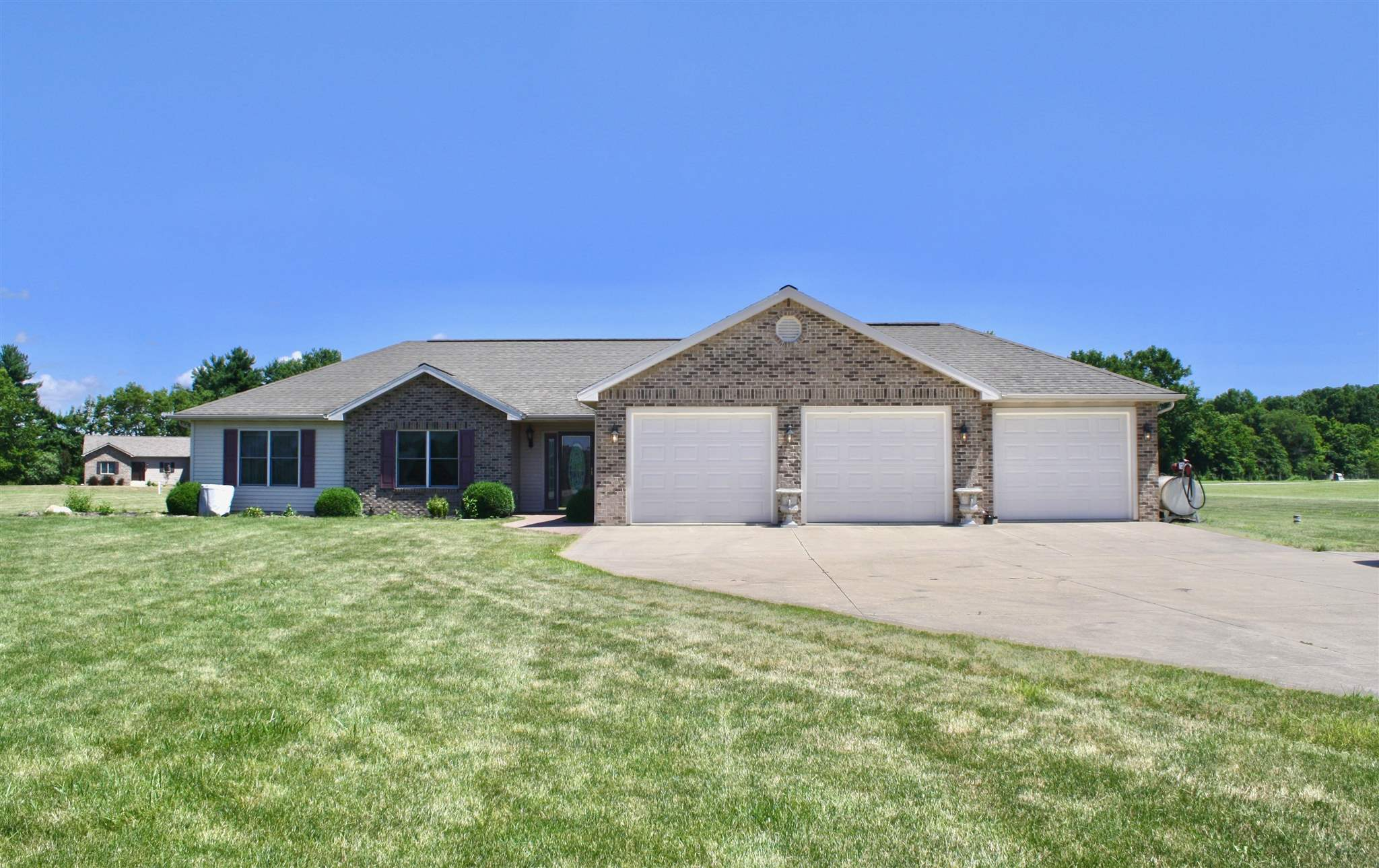 3827 NW SR 116-90, Markle, IN 46770