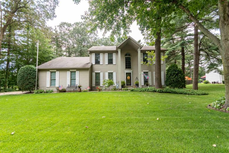 50983 Partridge Woods Drive, Granger, IN 46530
