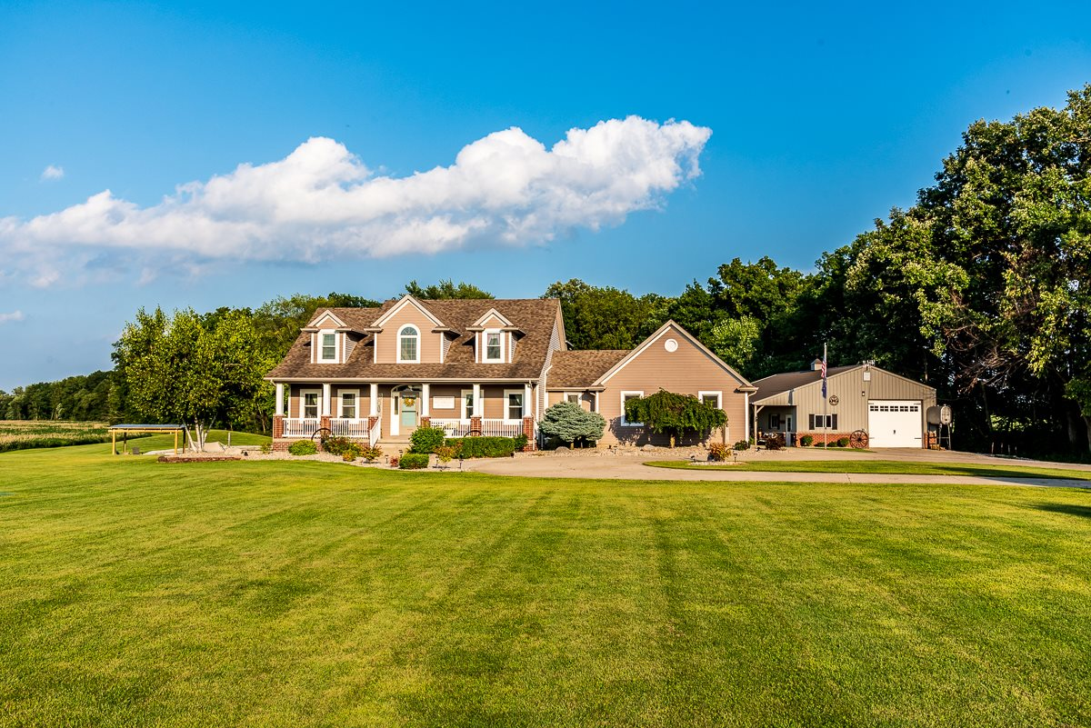 4997 State Road 1, Butler, IN 46721