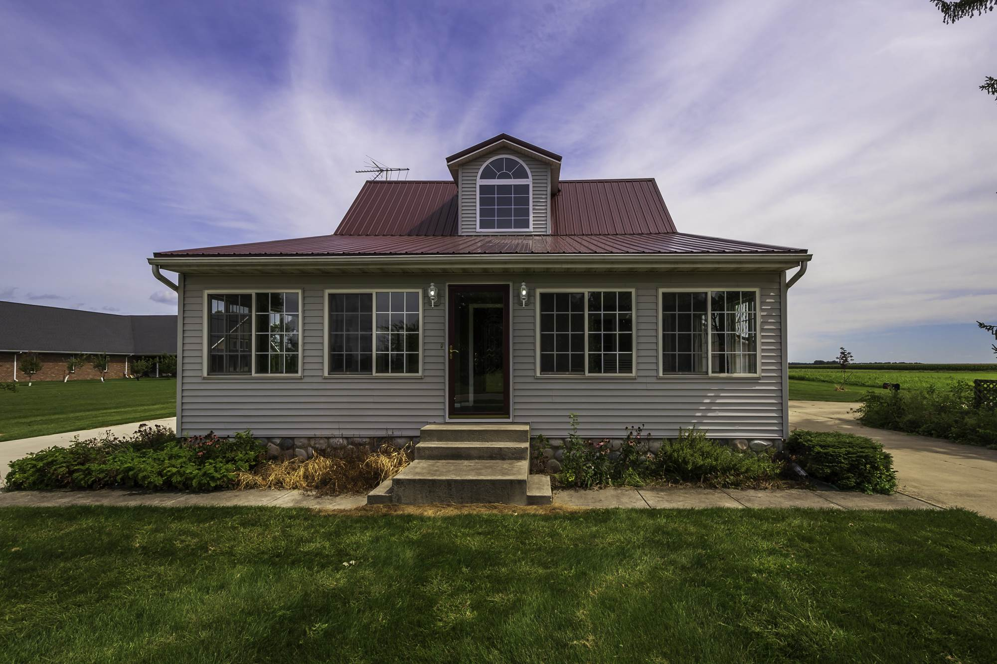 5757 N 600 E, Craigville, IN 46731
