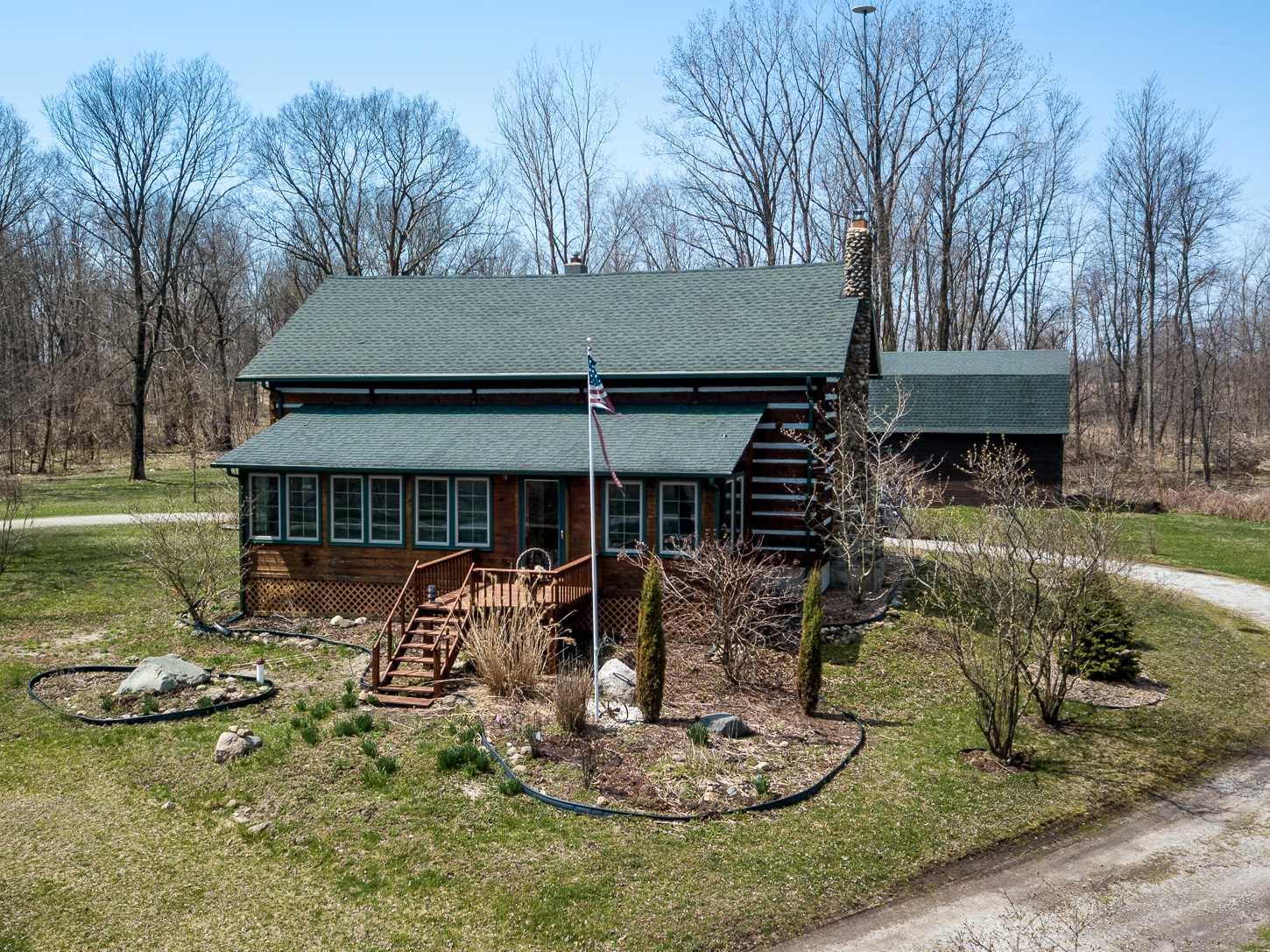 3084 E Strater Road, Kendallville, IN 46755