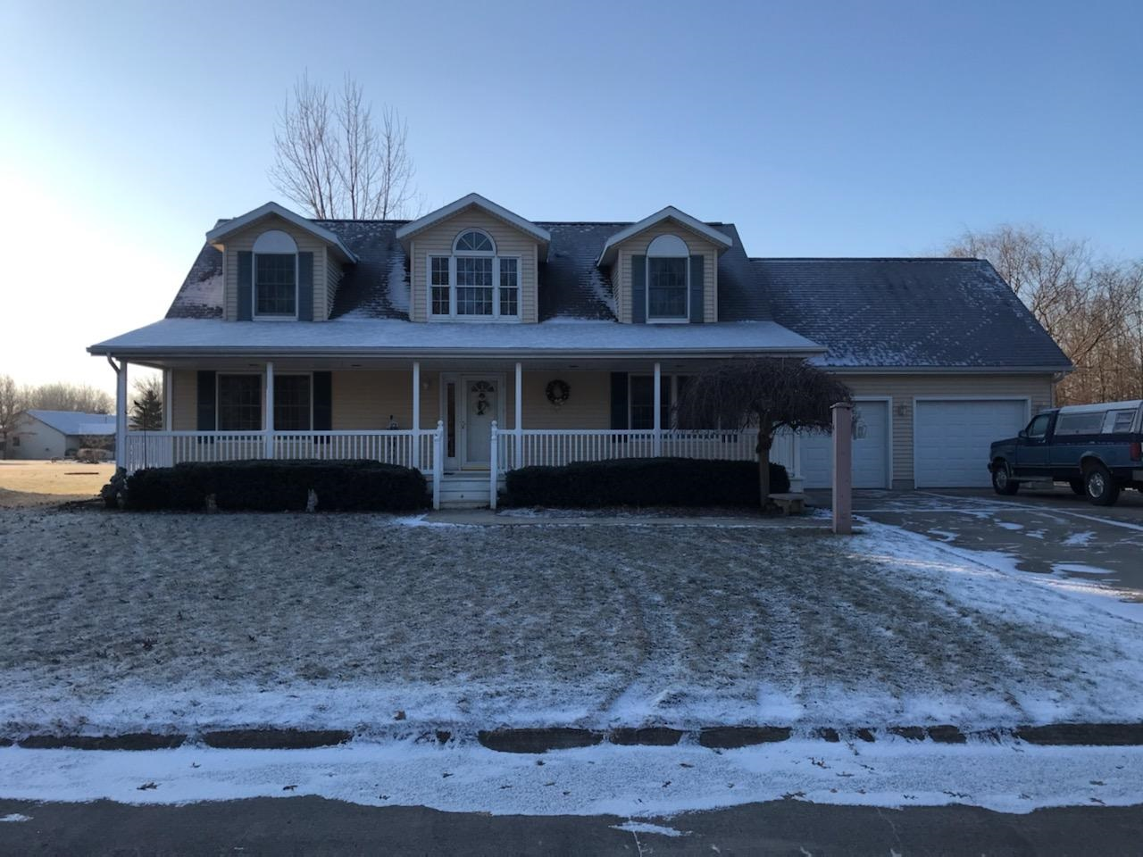 1646 Old Colonial Drive, Berne, IN 46711