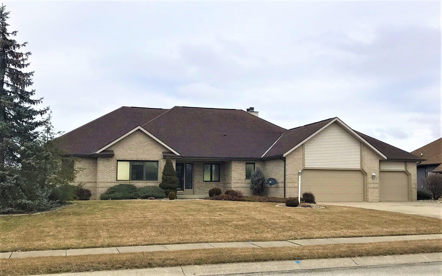 1021 Lake Shores Drive, Decatur, IN 46733