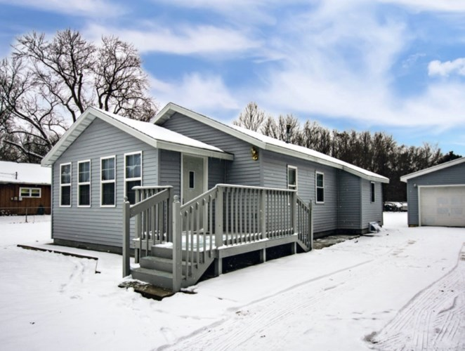 26495 Lakeview Drive, Elkhart, IN 46514