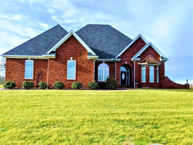 1099 W Turtle Bay Road, Boonville, IN 47601
