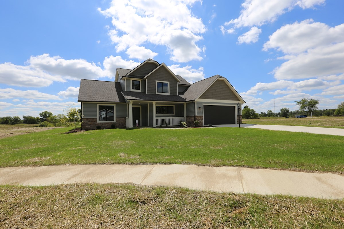 409 Fox Cross Court, Avilla, IN 46710