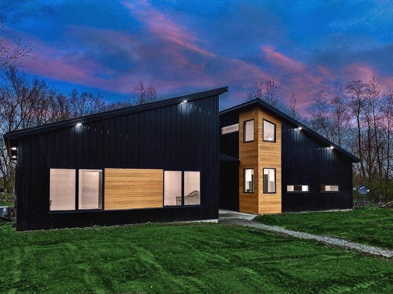 3250 W 50 South, Albion, IN 46701