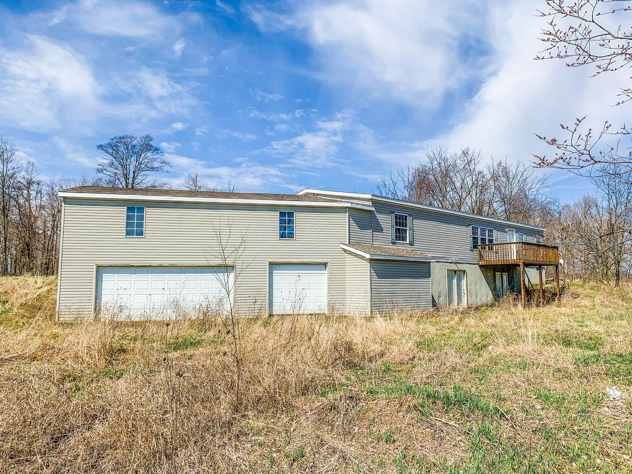 2563 County Road 4, Ashley, IN 46705