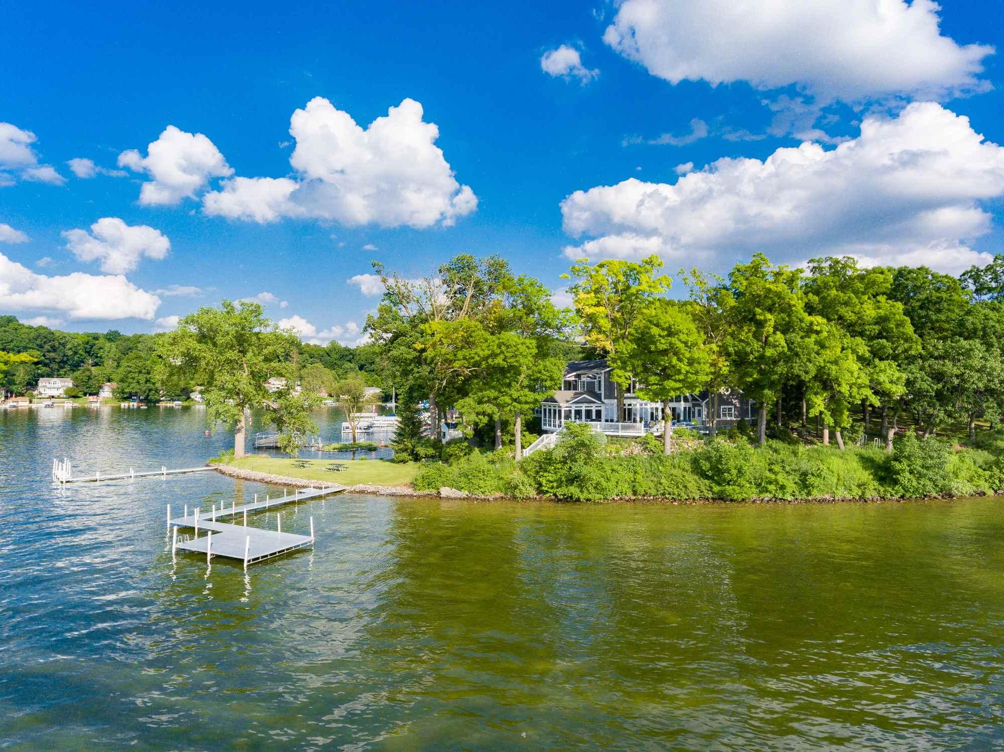 680 Lane 200E Lake James, Angola, IN 46703