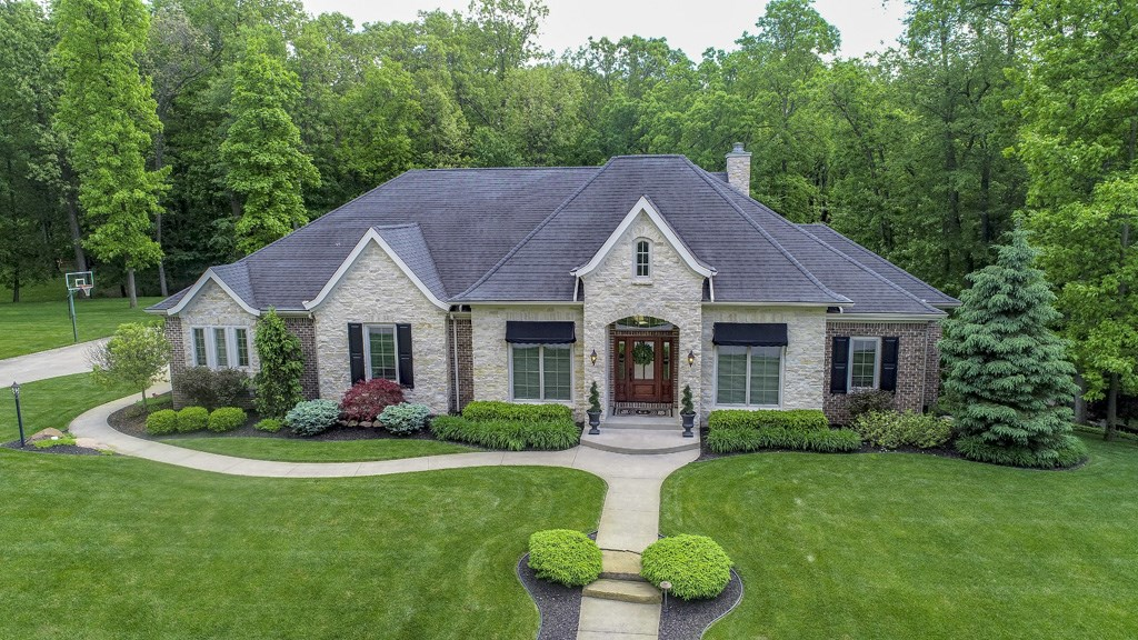 19394 Whispering Hill Drive, Bristol, IN 46507