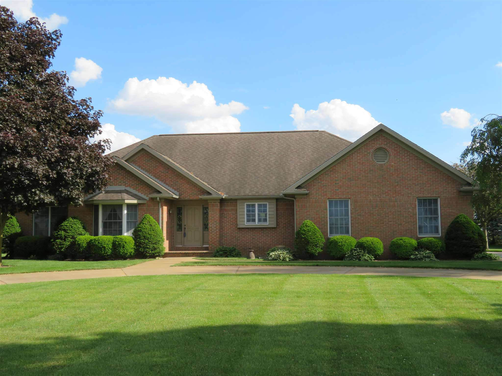 19238 County Road 142, New Paris, IN 46553
