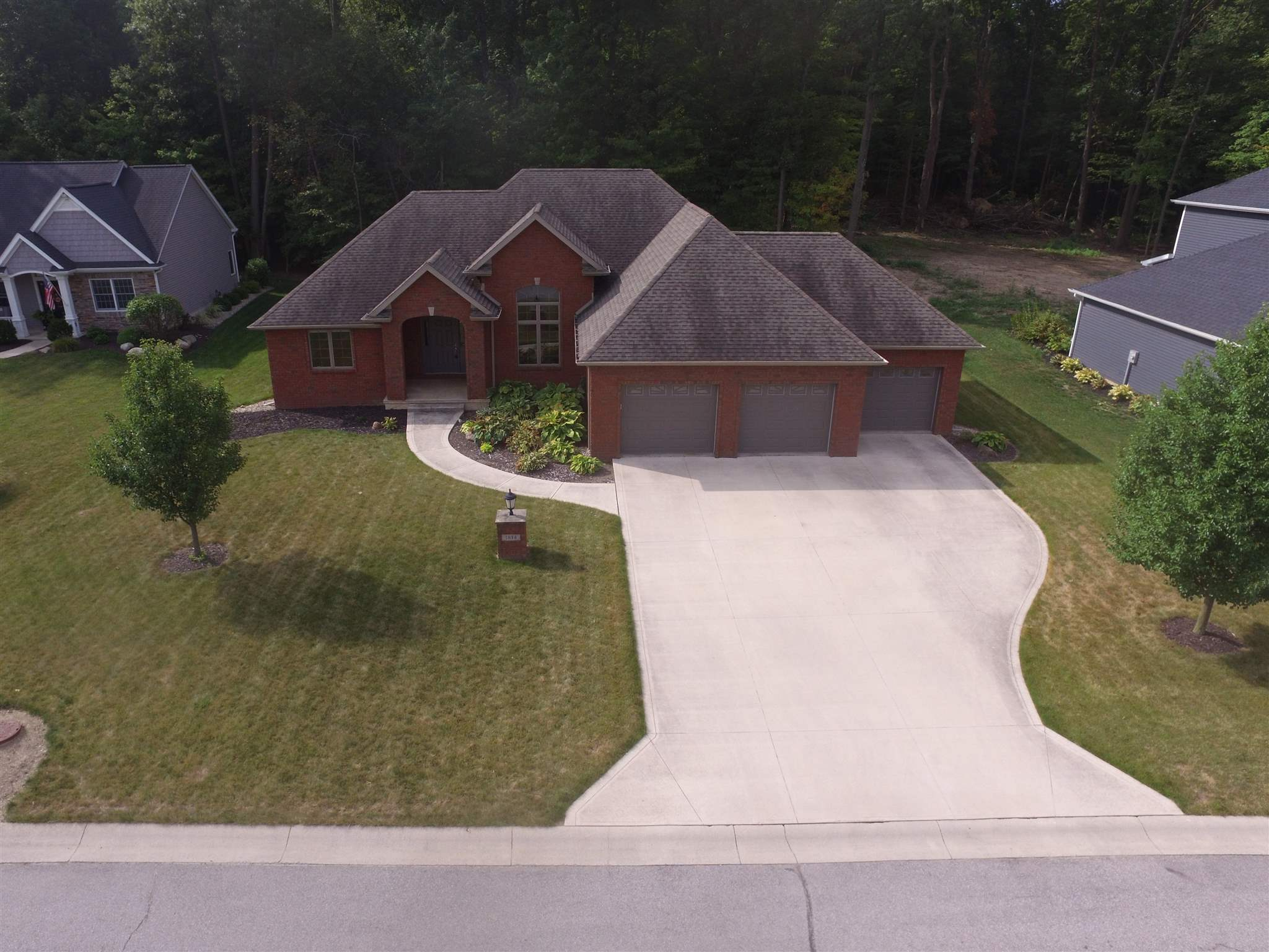 1814 Brook Court, Ossian, IN 46777