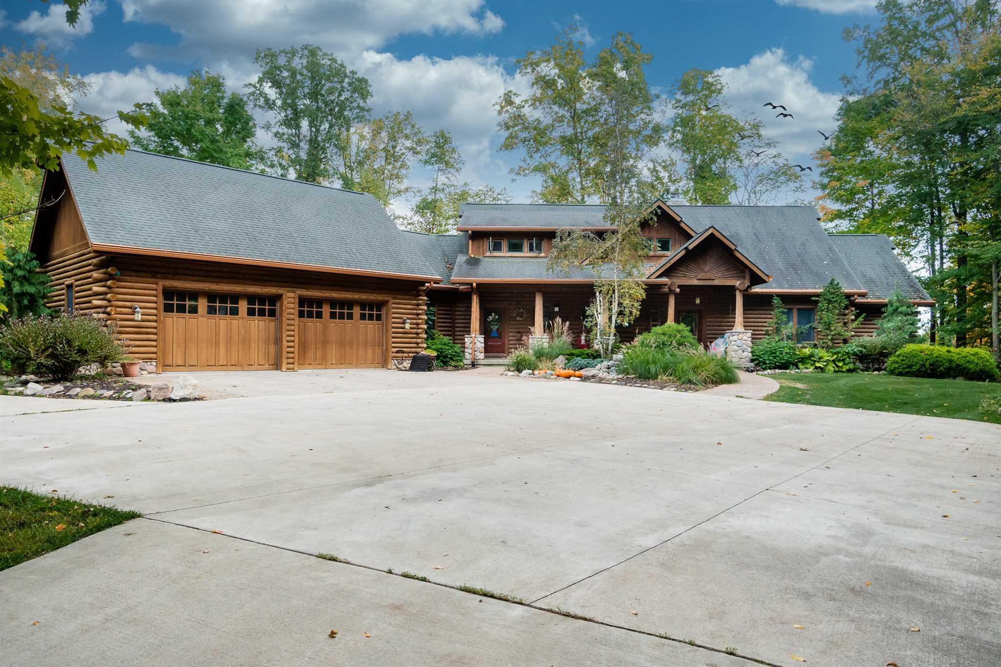 4381 N 500 E, Kendallville, IN 46755