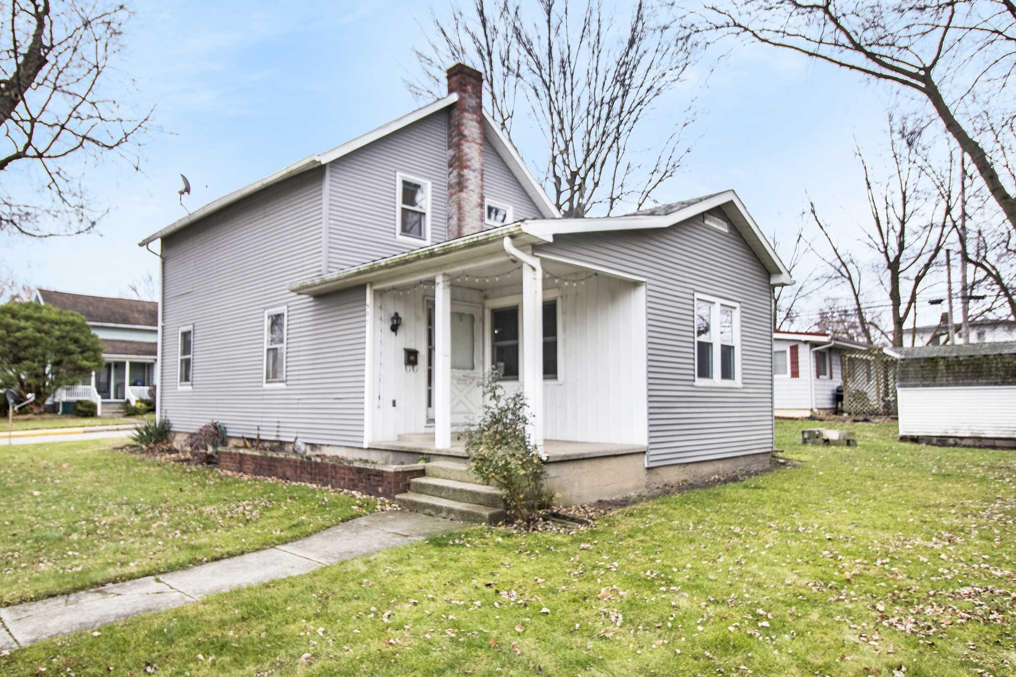 507 E Walnut Street, Nappanee, IN 46550