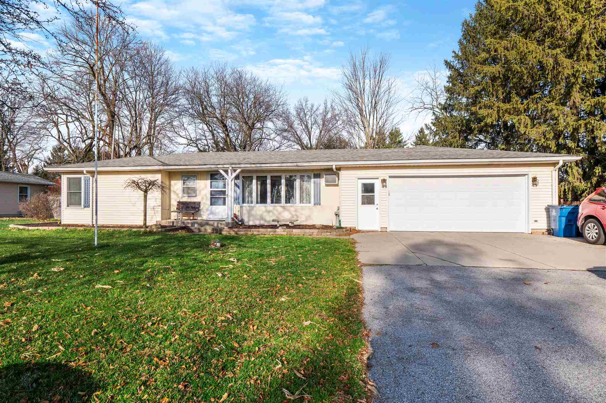 18203 State Road 37 Highway, Harlan, IN 46743