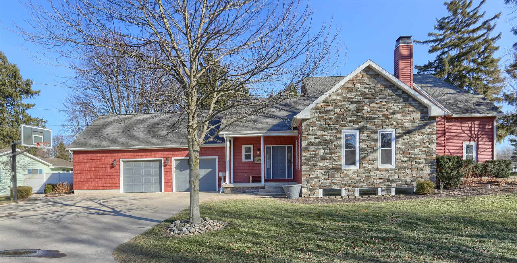 704 E 7th Street, North Manchester, IN 46962