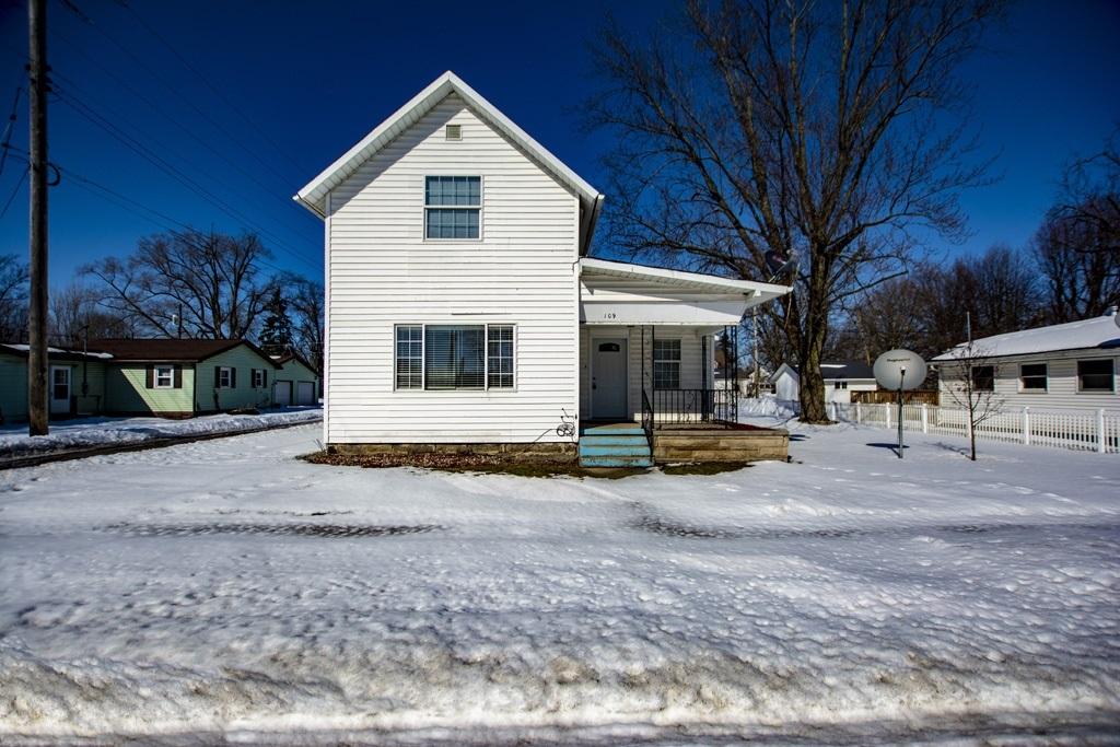 109 W main Street, Millersburg, IN 46543