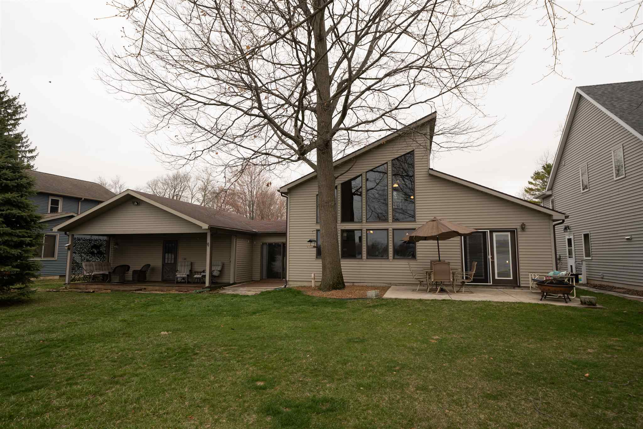 5193 S Highpoint Drive, Albion, IN 46701