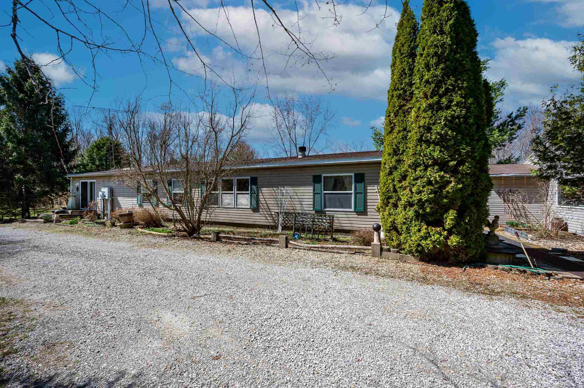 12212 N 700 West Road, Silver Lake, IN 46982