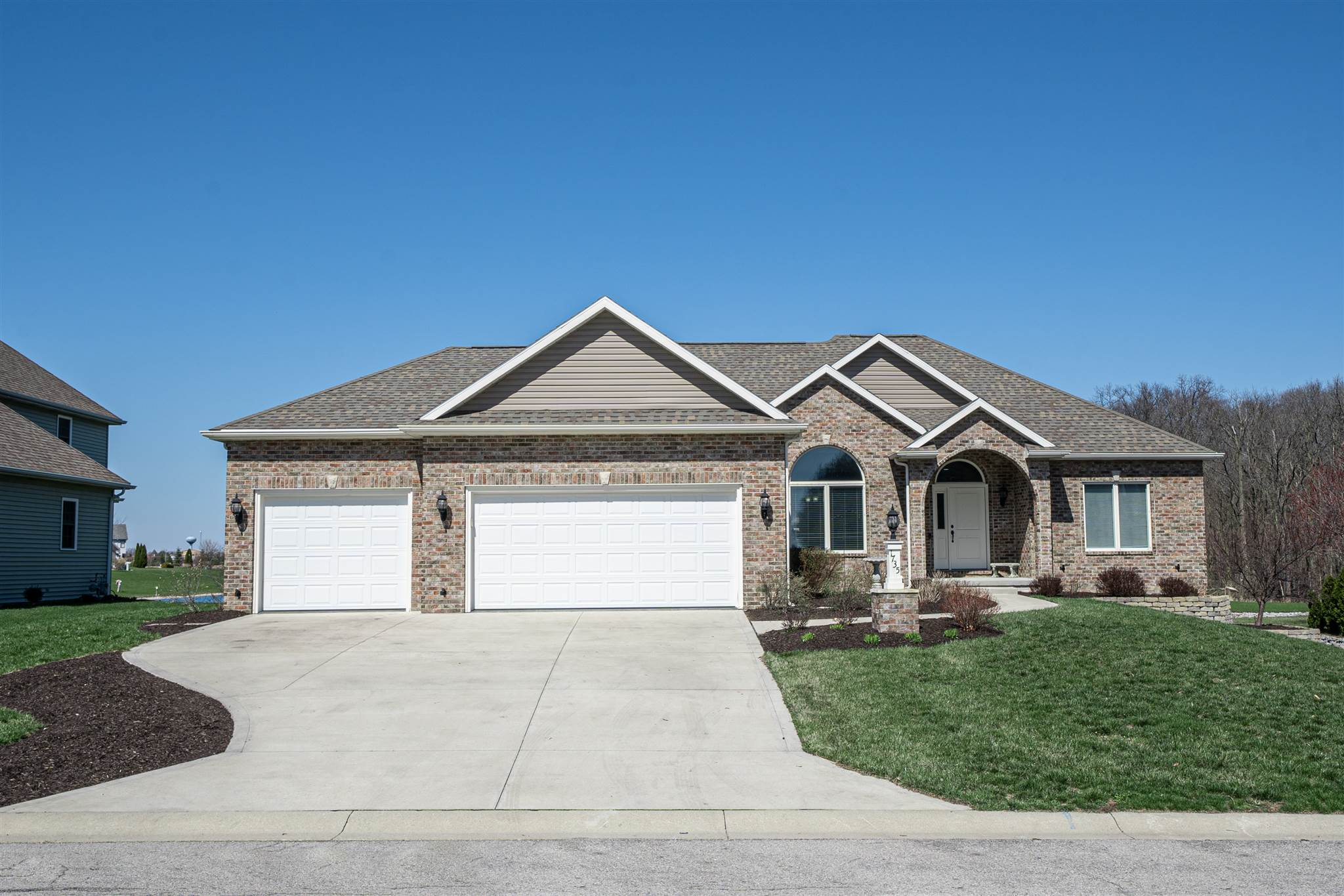 1735 Brook Court, Ossian, IN 46777