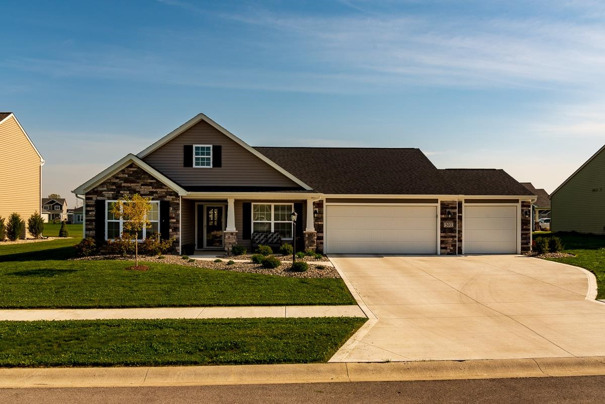 503 Lakeside Place, Garrett, IN 46738