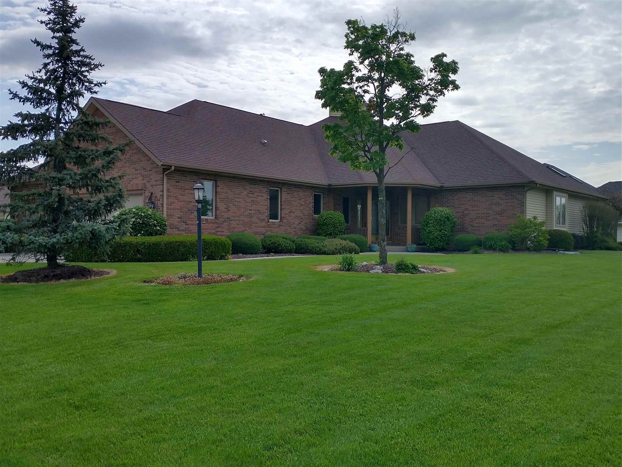 1004 Lake Shores Drive, Decatur, IN 46733