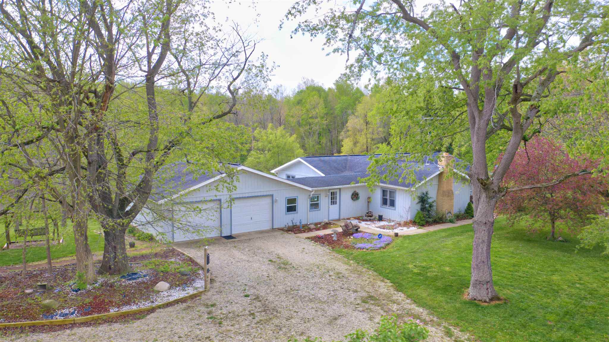 5867 W Pook Road, South Whitley, IN 46787