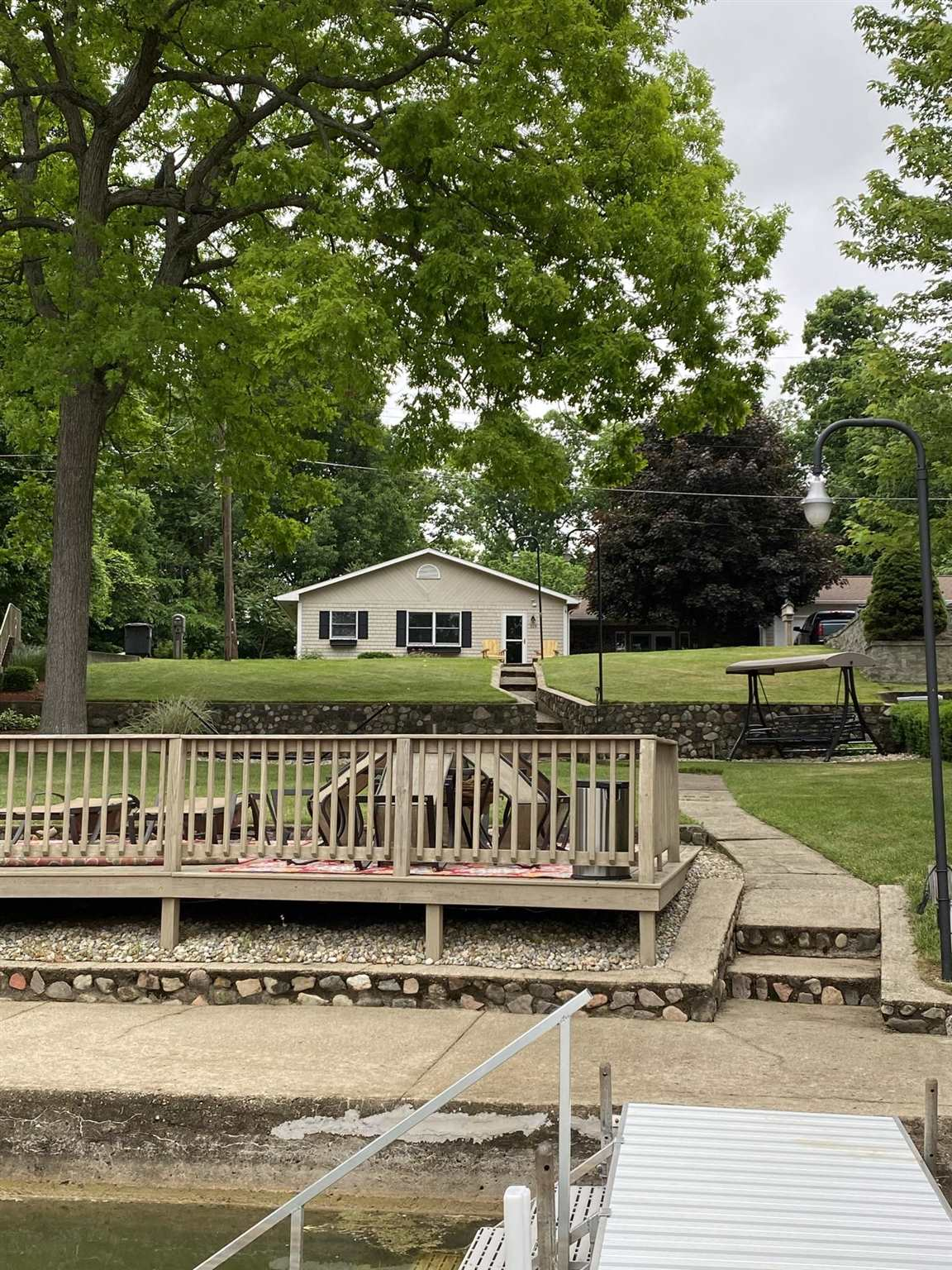 725 Lakeside Drive, Rome City, IN 46784