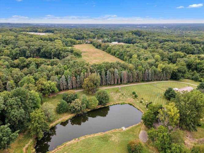 14440 County Road 8, Middlebury, IN 46540