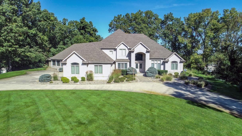 13239 Cedar Creek Drive, Middlebury, IN 46540