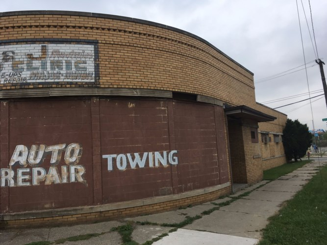 14301 Linwood, Detroit, MI 48238