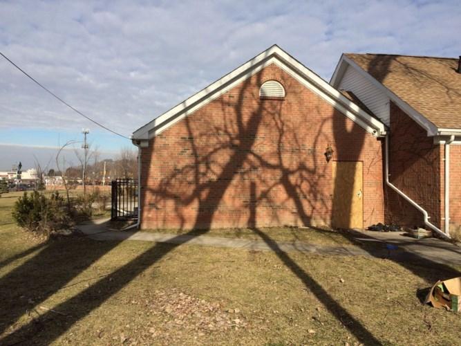19001 Conant st, Detroit, MI 48234