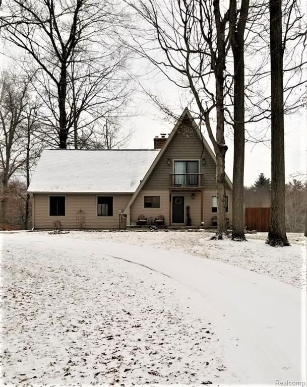 12366 Gale Road, Otisville, MI 48463