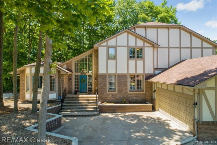 13037 PORTSMOUTH CROSSING, Plymouth, MI 48170