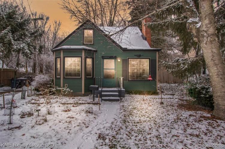 1810 BALDWIN AVE, Ann Arbor, MI 48104
