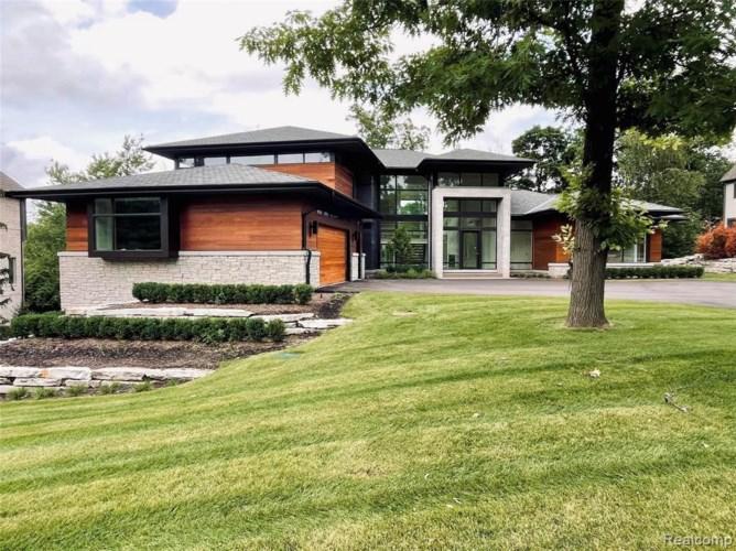 2718 TURTLE LAKE DR, Bloomfield Hills, MI 48302