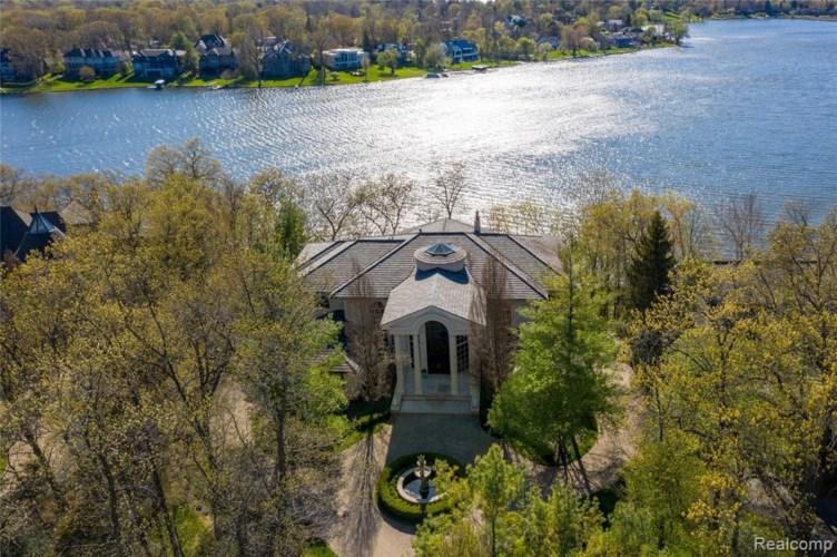1753 HERON RIDGE DR, Bloomfield Hills, MI 48302
