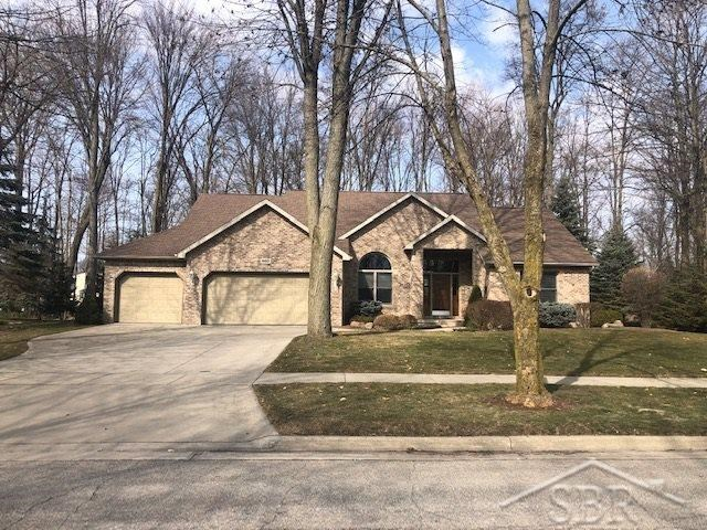 660 Maple Crest Drive, Frankenmuth, MI 48734