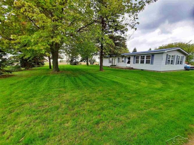 1680 Dickerson, Unionville, MI 48767